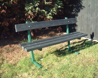 Recycled Plastic Seating-100%  recycled plastic