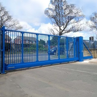 Automatic Cantilever Sliding Gate - COMMERCIAL / Residential USE