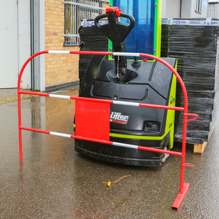 Safety Barriers - Light & Easy - Ideal for construction site