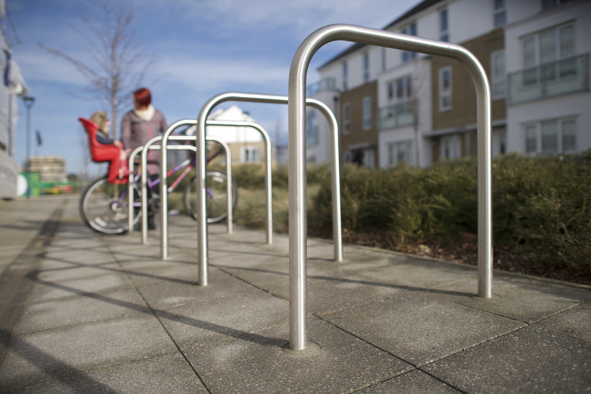 Ollerton sheffield stainless steel cycle stand 10726