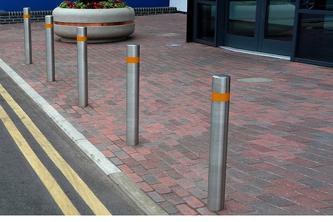 Bollards Hi Vis Stainless Steel - 900mm above ground