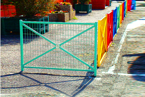 Railing for maximum safety protection outside schools. Available in several colour-1470mm width