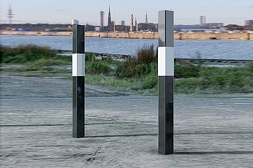 Bollards Hi Vis Black & White Strong Square - 1000mm Above Ground - Fixed & Removable