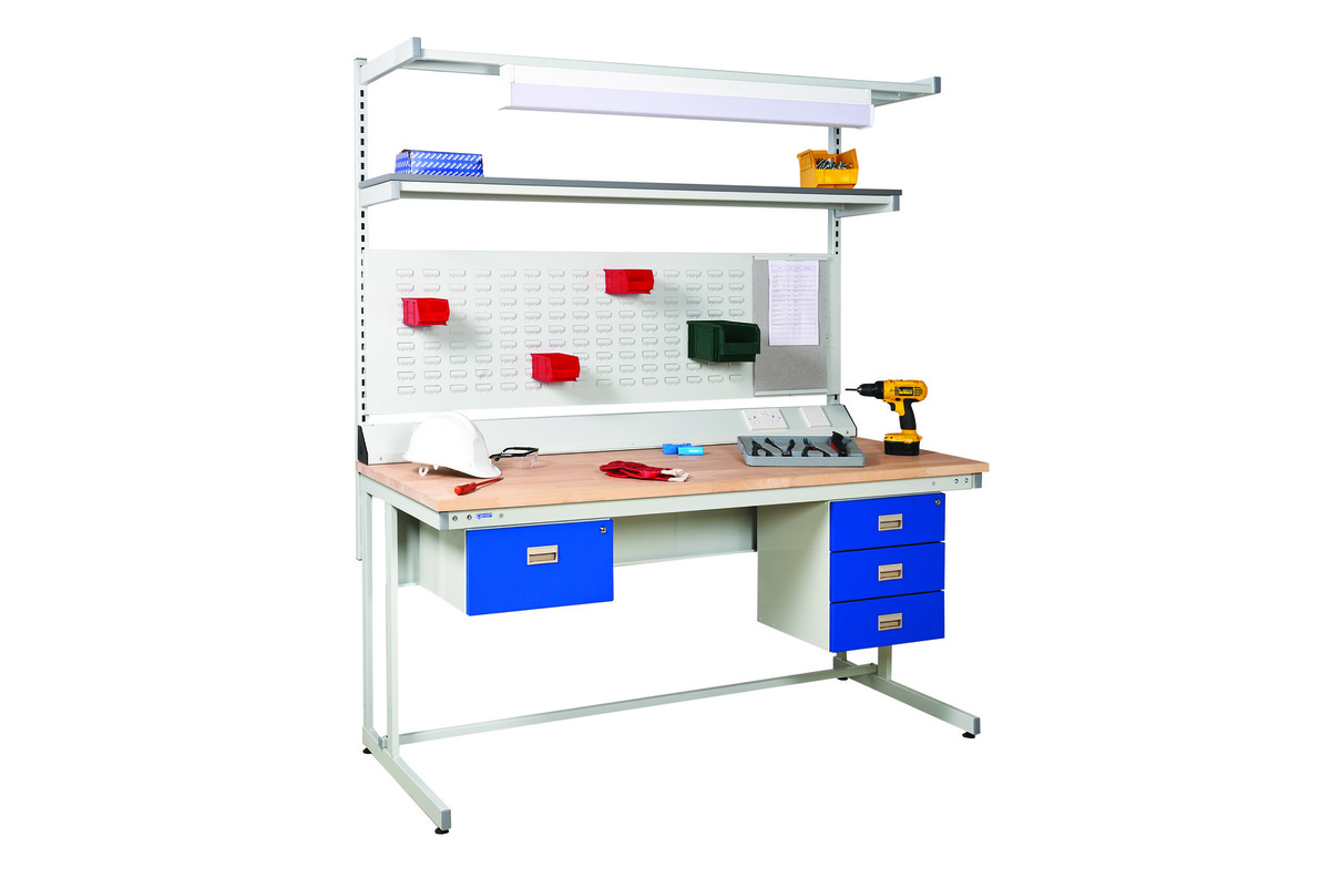 Cantilever workbench  beech top   accessories