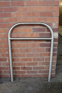 **STAINLESS STEEL** Hooped Perimeter Barrier + Horizontal Rail - 1100mm x 750mm x 48mm Diam