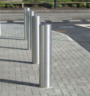 Bollard Stainless Steel Semi Dome – Choice of diameters